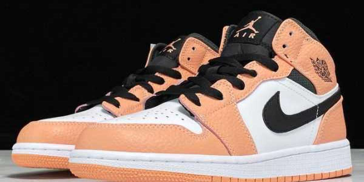 "Air Jordan 1 Mid GS ""Pink Quartz"" has been selling well"