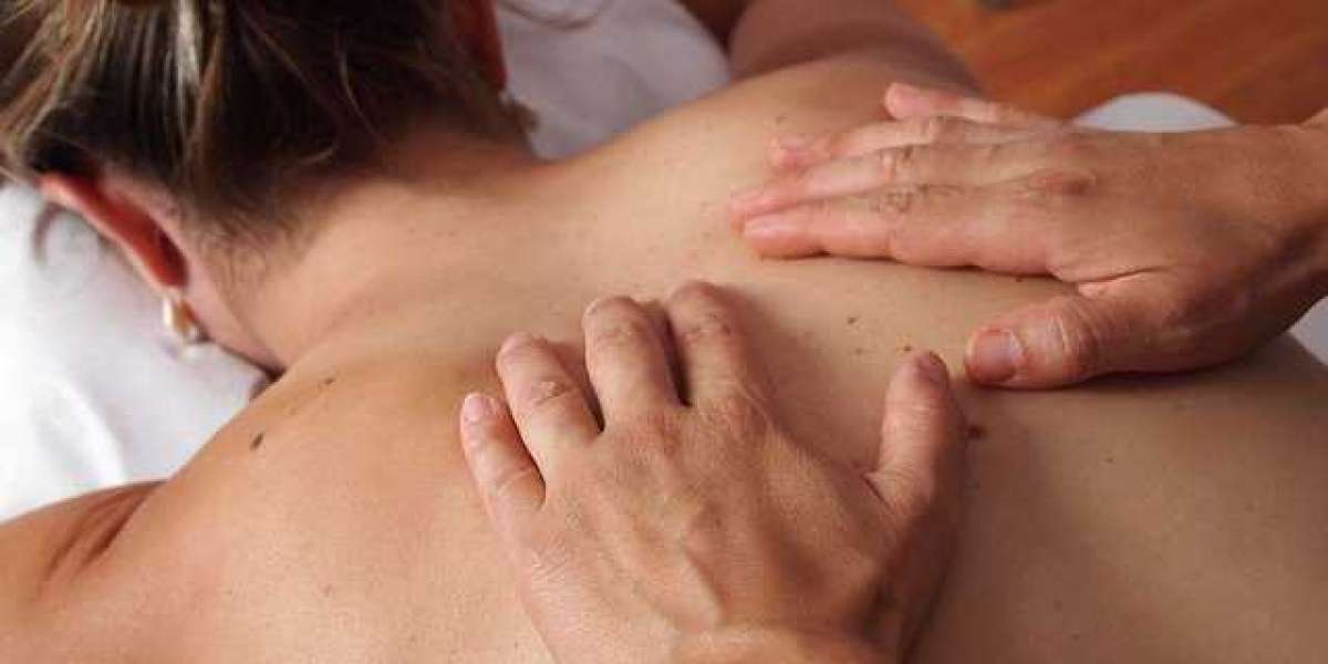 8 Lesser-Known Benefits of a Full Body Massage